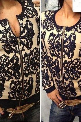 Beautiful Knitted Vintage Style Zipper Sweater Cardigan (Black or Navy)