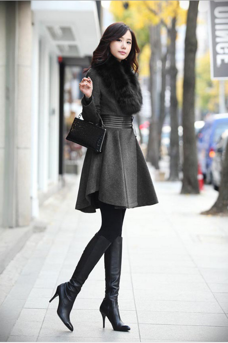 Women's New Autumn And Winter Installed Black Classic Fur Collar Pleated Leather Waist Wool Coa