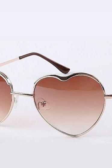 Heart shape brown lenses woman sunglasses