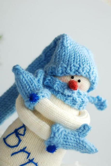 Snowman Brrr... Knitted toy. Christmas decoration. New year decoration. New Year gift.