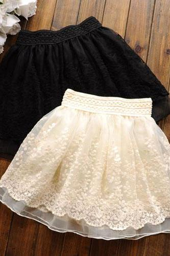 Wide Elastic Waist Layered Crochet Lace Flared Tulle Skirt