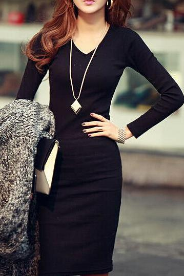 Slim V-Neck Knit Dress