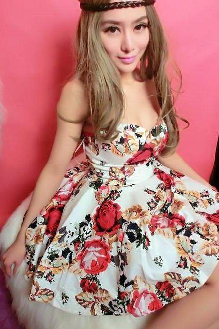 Beautiful Strapless Floral Printed Dress In 2 Colors