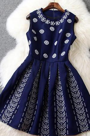 Embroidered Dress In Navy Blue HT122704KH