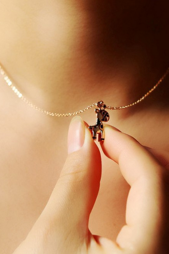 Cute giraffe necklace a short paragraph ladies clavicle chain small animal short chain