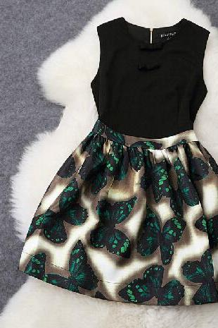 Butterfly Printed Round Neck Sleeveless Dress