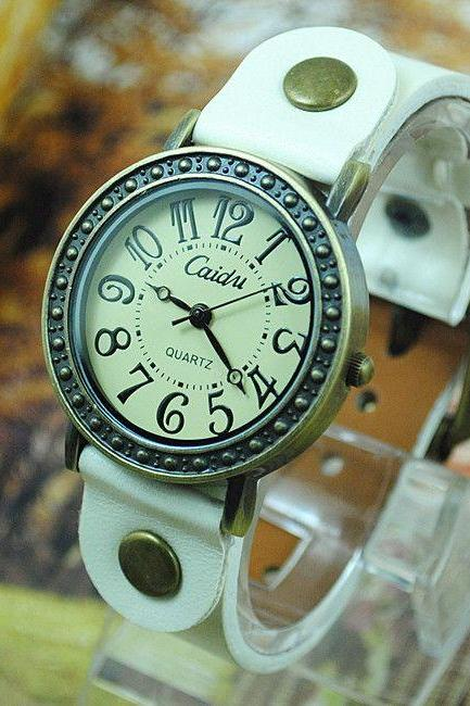 Vintage dress leather white strap woman watch