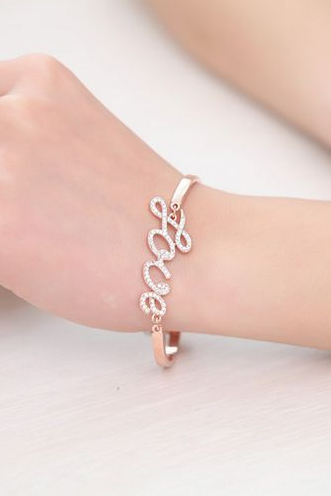 Delicate and sweet and lovely bracelet LOVE Bracelet