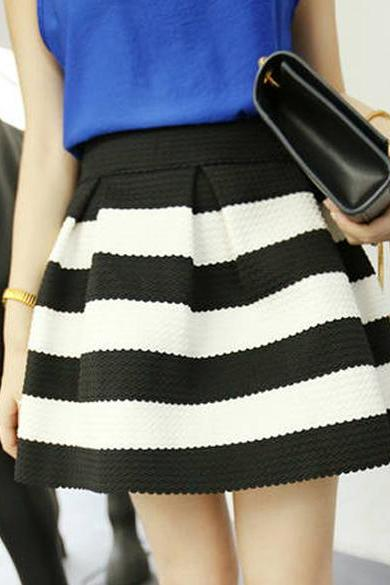 New Elegant Womens Girls Retro Flared Black And White Stripe Mini Skirt Dress New