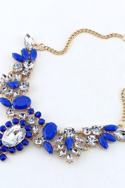 Statement flowers rhinestones dress woman blue necklace