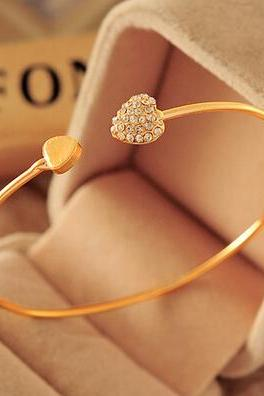 Trendy Heart Embellished Bracelet