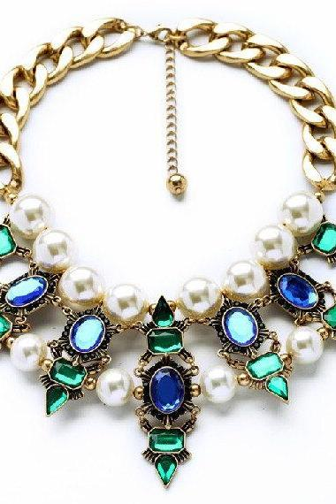 Vintage Big Pearl Statement Necklace