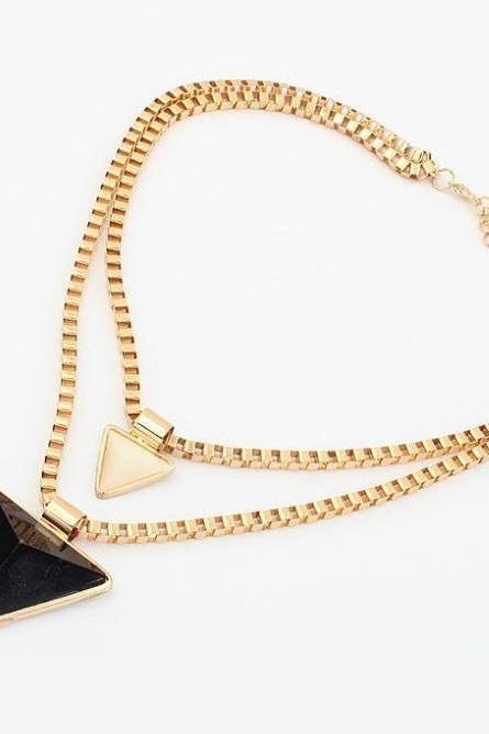 Triangle black-white pendants chain jewelry woman necklace
