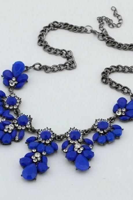 Flower crystals blue gemstones woman necklace