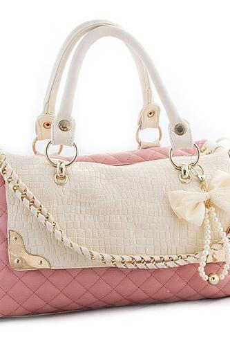 Cute Pink Hand Bag With Bows And Pearls