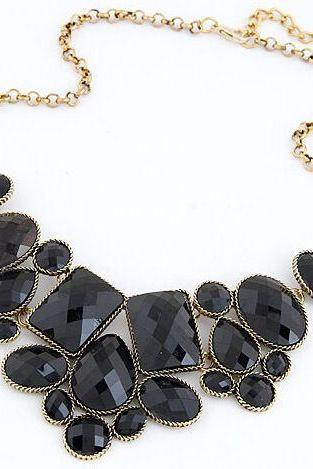 Vintage jewelry statement fashion black woman necklace