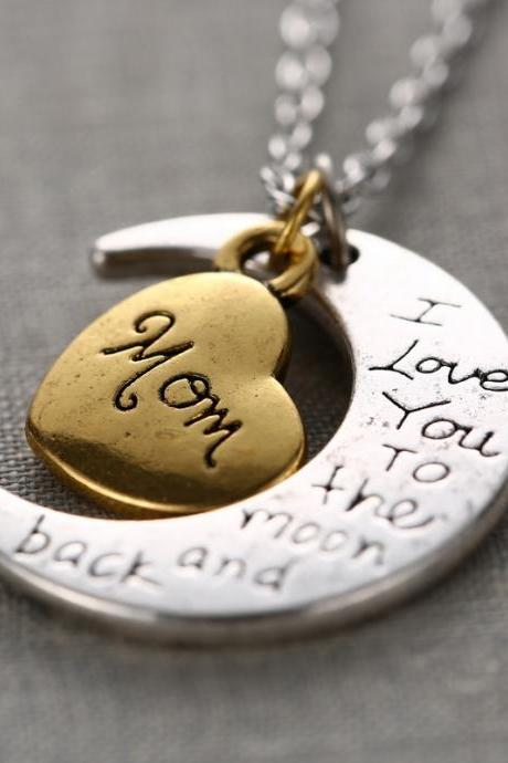 Fashion High Quality Non-fading Moon and Heart Mom Pendant Love Chain Necklace as Gift
