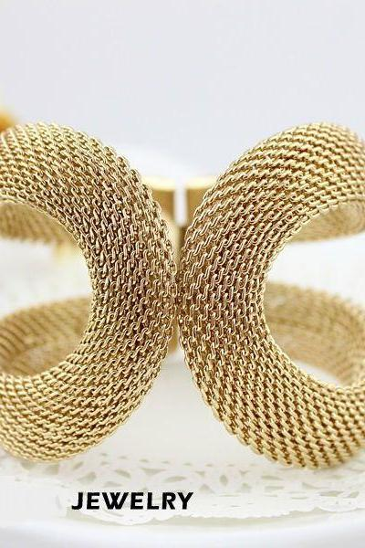 Perfect present alloy gold colored rhinestone woman bracelet