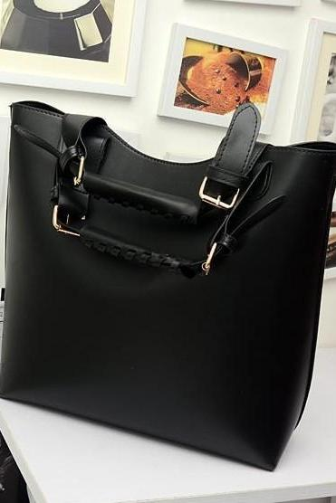 Chic Solid Black Handbag