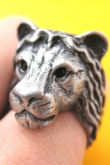 3D Adjustable Realistic Lion Animal Hug Ring In Silver