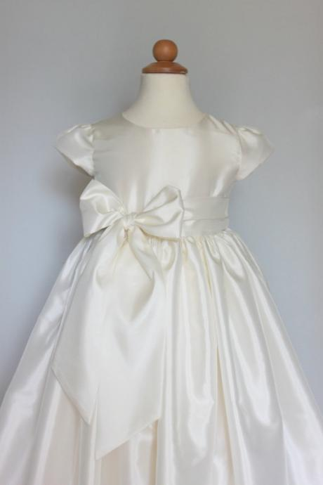 lovely White satin flower girl dress Sleeveless flower girl dress with pink sash bow,girl's birthday dress