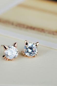 Free Shipping Cute Zicron Cat Stud Earrings