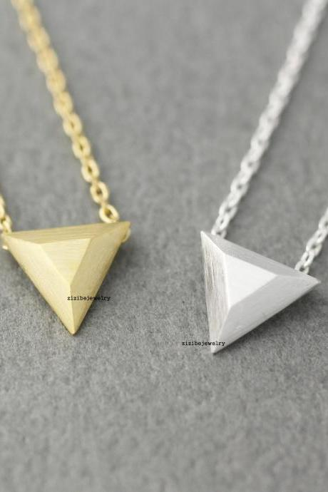 3D Triangle charm pendant necklace in gold / silver, N0402G