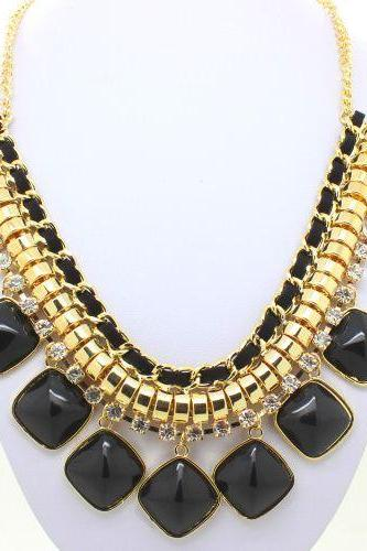 Evening chain black statement resin trendy woman necklace