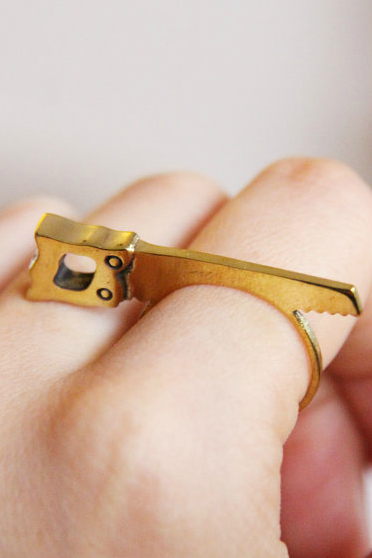 Cute Saw Cocktail Ring