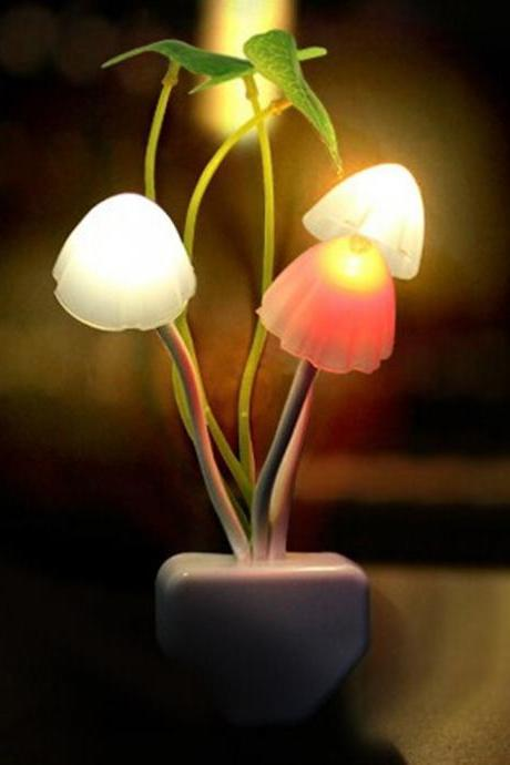 Colorful Romantic LED Mushroom Night Light DreamBed Lamp Home Illumination