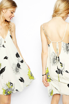 V -Neck Halter Straps Tie Back Dew Flower Print Dress
