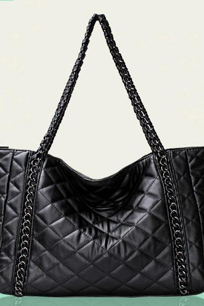 Diamond Quilted Shoulder Bag with Metallic Chains