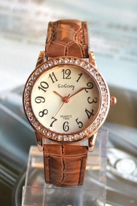 Young And Restless brown Leather Woman Watch