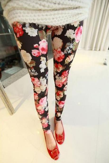 Cute Black Floral Design Leggings
