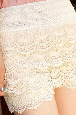Adorable White Lace Shorts With Elastic Waist