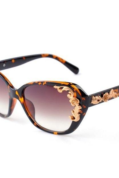 Leopard frame flower vintage woman trendy sunglasses