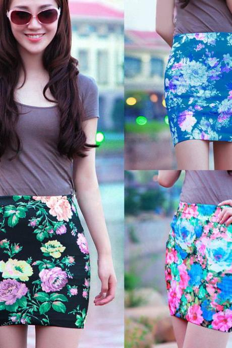 Women's Short Pencil Skirt Flower Print Fashion Mini Skirt