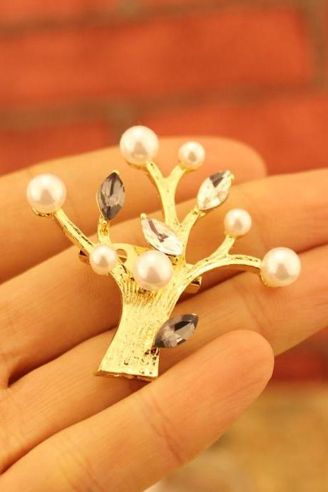Women's Fashion Cute Jewelry Gold Crystal Pearl Tree Brooch as Valentine's Gift for Her