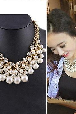 Women Exclusive Crystal Pearl Pendant Gold Link Chain Collar Choker Necklace