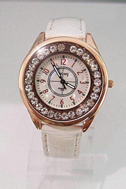 Dress Classy white Rhinestones Leather Strap Lady Watch