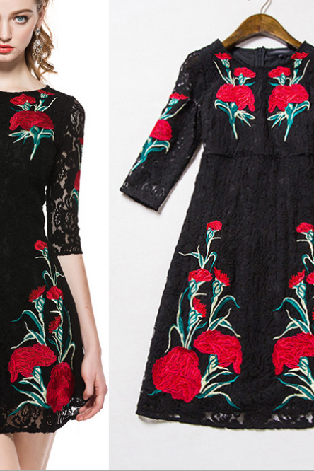 2015 high-end positioning embroidered lace dress