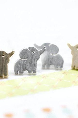 Baby Elephant Post Earring silver/ gold