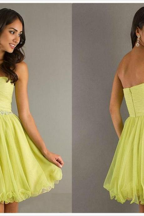 A Line V-Neck Beading Sequin Short/Mini Chiffon Homecoming Dress