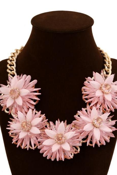 Luxury Women's Rhinestone Daisy Flower Pendant Chain Necklace