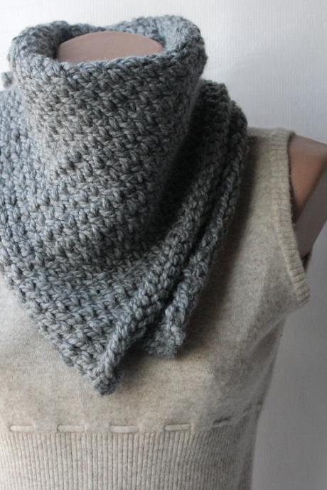 Knit cowl scarf Grey Wool blend Neckwarmer winter fashion - Rustic country western
