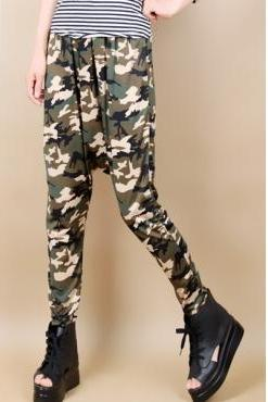 Cheap Casual Elastic Mid Waist Camouflage Blending Loose Pants