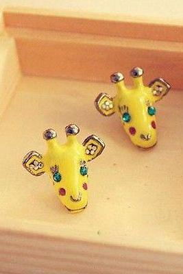 Womens Lovely Cute Yellow Animal Giraffe Head Diamante Ear Studs Earrings Hot