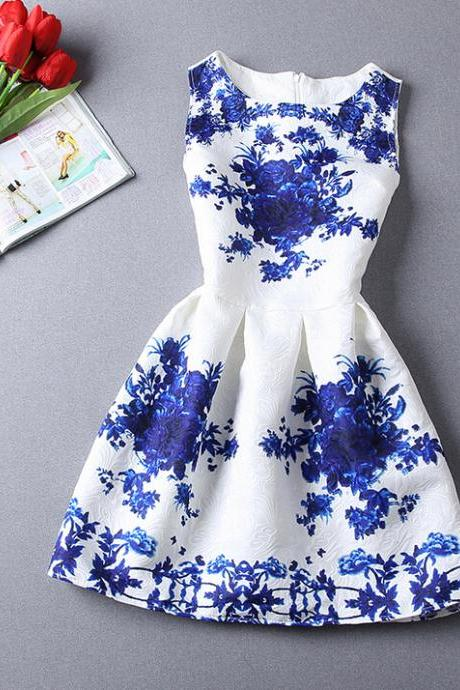 Vintage Porcelain-Inspired Sleeveless Dress