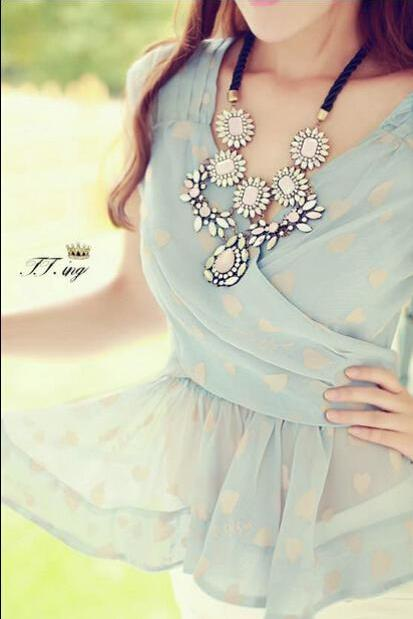 Bow love printing sleeveless chiffon blouse