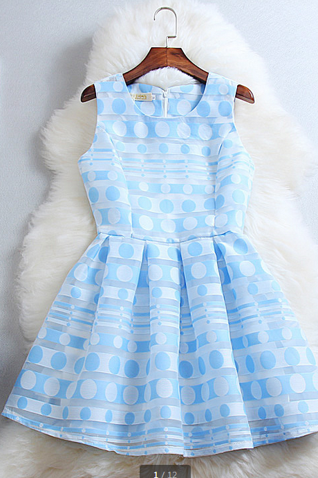 Fresh and elegant print dress--blue
